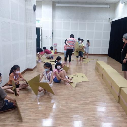 兒童戲劇夏令營魔幻演出帶您探索物品劇場的奇幻魅力